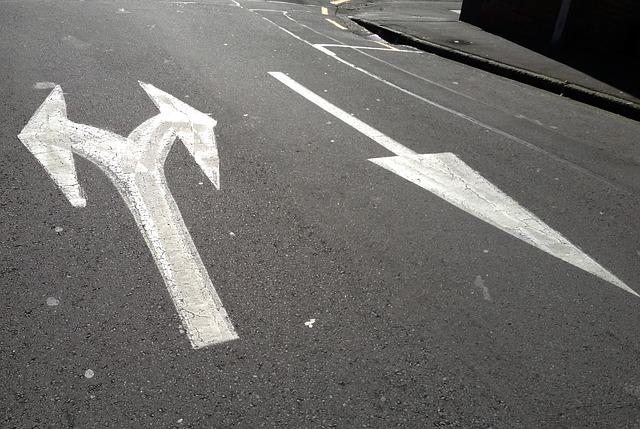 arrows-167536_640